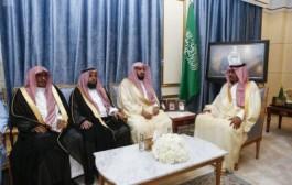 نائب أمير نجران يلتقي مدير عام فرع هيئة الأمر بالمعروف والنهي عن المنكر بالمنطقة