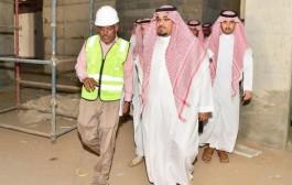 الأمير تركي بن هذلول يتفقد مشروع مستشفى نجران العام ويوجه بمضاعفة الجهود لإنجاز المشروع وتطويرة