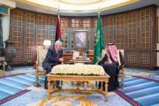 خادم الحرمين الشريفين يعقد جلسة مباحثات رسمية مع رئيس دولة فلسطين