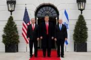 ترامب يوقع مرسوما بالاعتراف بالجولان أرضا إسرائيلية في دفعة لنتنياهو