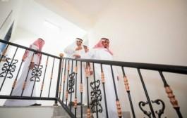الأمير تركي بن هذلول يتفقد مشروع إسكان نجران للفلل الجاهزة