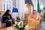 خادم الحرمين الشريفين يستقبل رئيسة المجلس الوطني الاتحادي الإماراتي