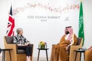 سمو ولي العهد يلتقي رئيسة وزراء بريطانيا