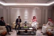 سمو ولي العهد يلتقي نائب الرئيس التنفيذي لمجموعة هيونداي، ورئيس شركة هيونداي للصناعات الثقيلة