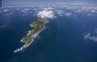 جزيرة تحكمها الأفاعي ومصور ينقل إلينا أجمل الصور من هناك التفاصيل بالرابط