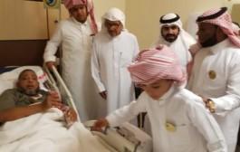 الجمعية الخيرية لرعاية الأيتام رفقاء بنجران تعايد مرضى مستشفى الملك خالد