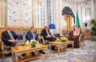 خادم الحرمين الشريفين يستقبل رؤساء وزراء الجمهورية اللبنانية الأسبقين