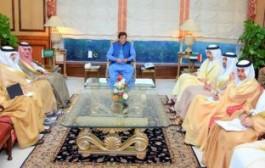 وزير الدولة للشؤون الخارجية ووزير الخارجية الإماراتي يزوران باكستان