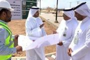 أمين نجران يتفقد المشروعات والخدمات البلدية بمركزي بئر عسكر وعاكفة