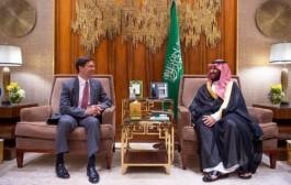 سمو ولي العهد يجتمع مع وزير الدفاع الأمريكي