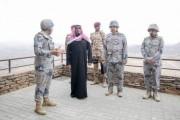 سمو نائب أمير نجران يستقبل رئيس الجهاز العسكري بالحرس الوطني ويزور عدداً من النقاط الرقابية بحرس الحدود في المنطقة