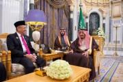خادم الحرمين الشريفين يستقبل رئيس المجلس الاستشاري الشعبي في إندونيسيا