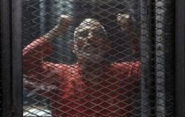 محكمة مصرية تؤيد السجن المؤبد لعشر قيادات إخوانية في قضية