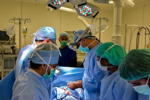 نجاح 10 عمليات قلب مفتوح بمركز الأمير سلطان للقلب بنجران