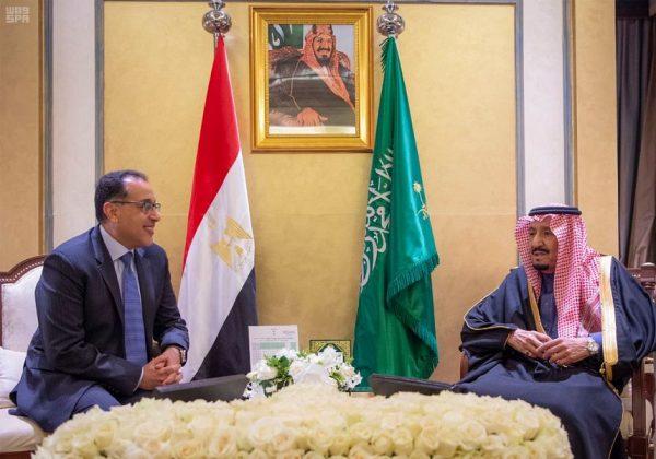 خادم الحرمين الشريفين يستقبل رئيس الوزراء بجمهورية مصر العربية