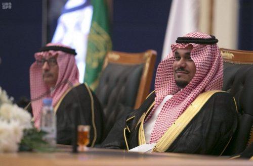 الأمير تركي بن هذلول يرعى حفل تخريج 2271 طالبًا وطالبة بجامعة نجران