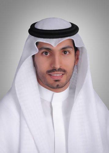 عبدالرحمن أبوساق يحصل على درجة الماجستير في  تخصص إصلاح وتجميل الأسنان