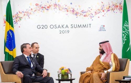 سمو ولي العهد يلتقي الرئيس البرازيلي