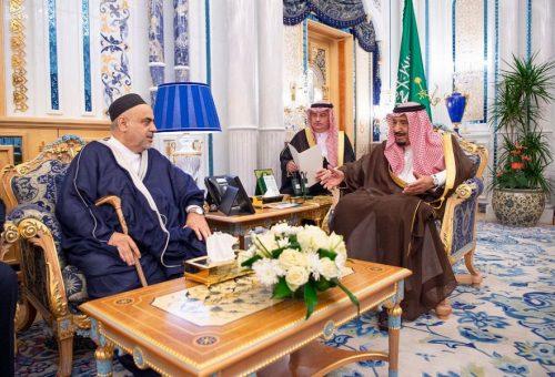 خادم الحرمين الشريفين يستقبل رئيس إدارة مسلمي القوقاز