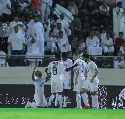 الشباب يحقق فوزاً صعب ومثير على الاتفاق بنتيجة 1-2